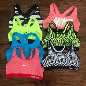 Size XS Nike Pro sports bras